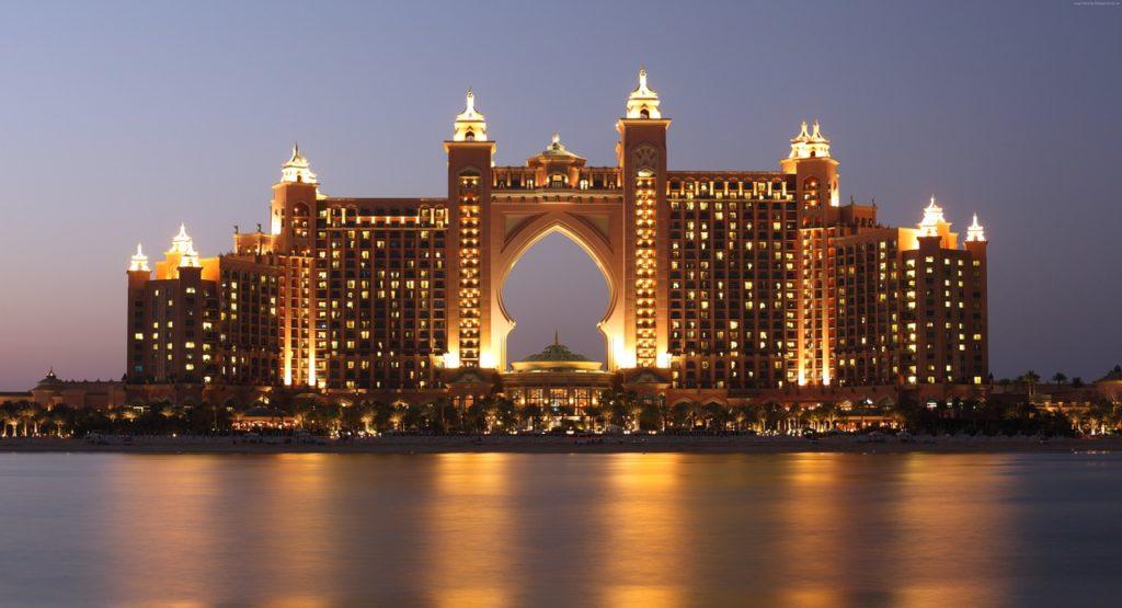 Atlantis är ett bra strandhotell i Dubai för dig som kommer med barn.